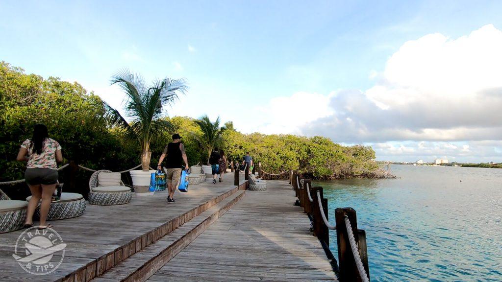 Llegando a Renaissance Island