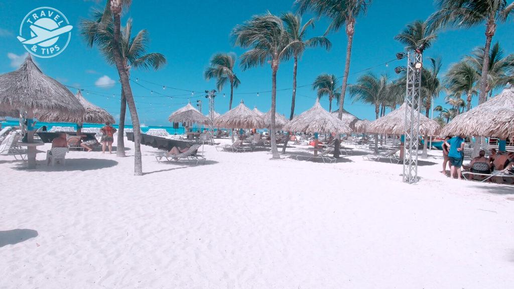 Playa muy amplia