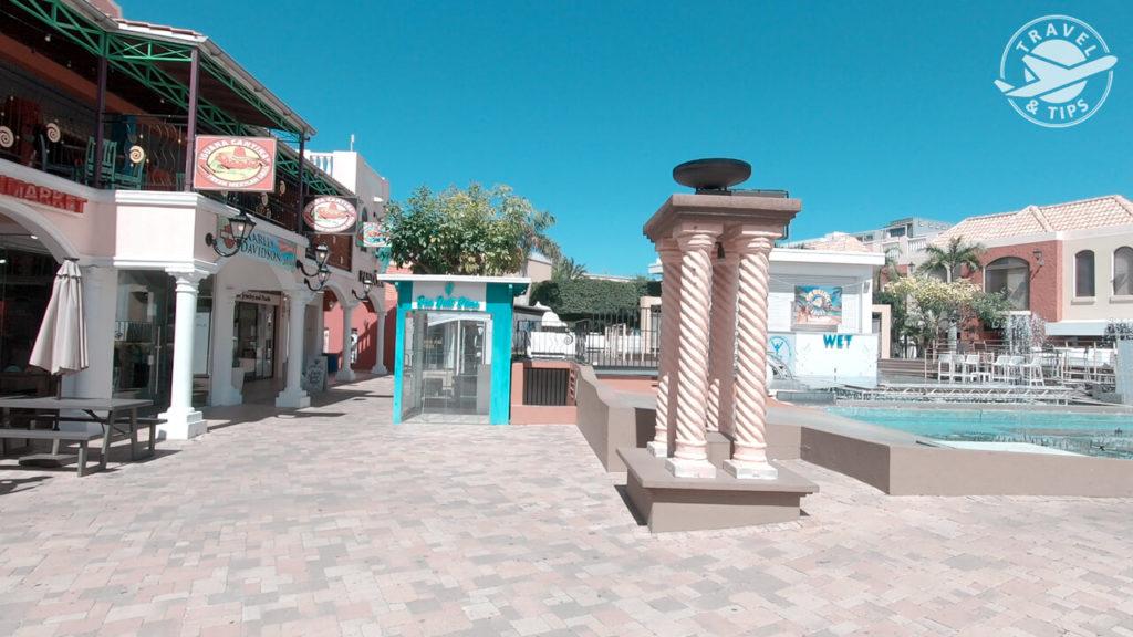 Interior Palm Beach Plaza Mall